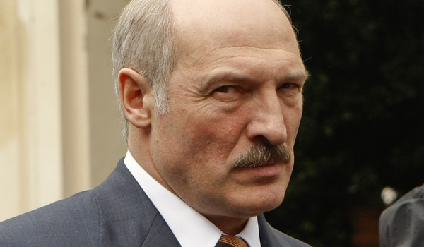 https://hottestheadsofstate.files.wordpress.com/2009/07/alexander-lukashenko-post1.jpg